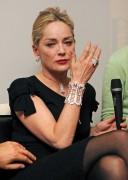 Шэрон Стоун, фото 1632. Sharon StoneDamiani Event in Milano, 16.02.2012, foto 1632
