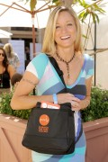 Teri Polo @ &amp;quot;Style Lounge&amp;quot; In Beverly Hills -August 27th 2010- (HQ X2)