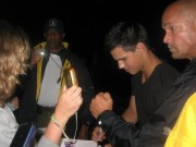 Taylor Lautner on the set of 'Abduction' 77c6aa98523158